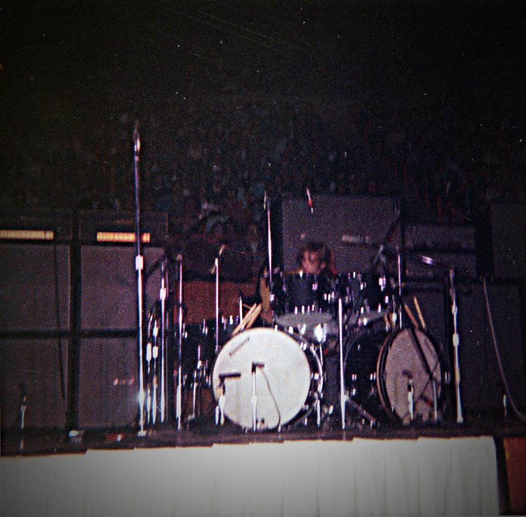 Lifelines - The L.A. Forum Concert (1990) [CD4]  - Page 2 A77ce17ad60a7677cca1564a36d9ec3f