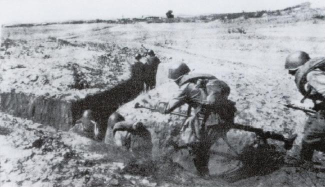 soldats soviétiques Rusky36