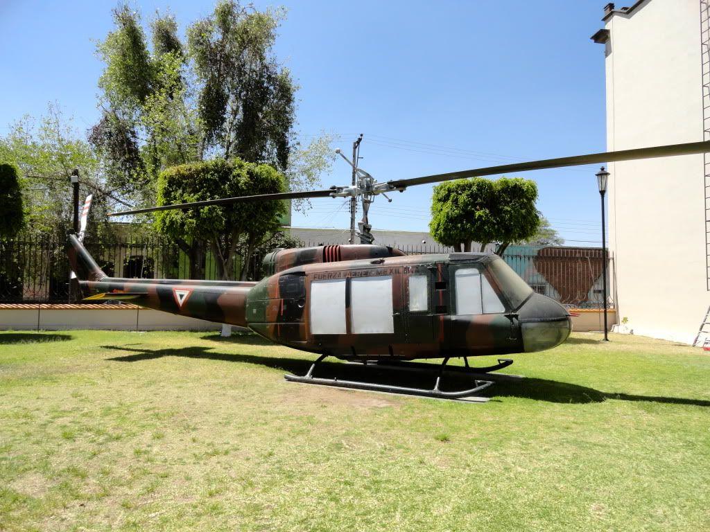 Llegada de los UH1 a Santa Lucia y traslado a la Base de Merida. DSC01308