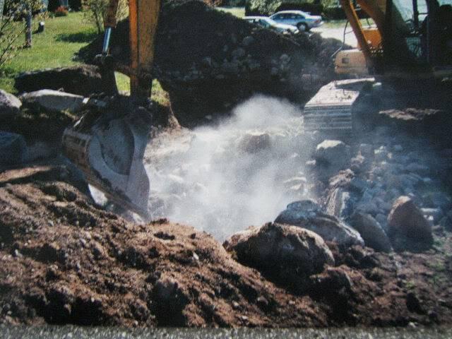 [Jardin de Kitaïbélia] Construction bassin 2002 A070ba5c