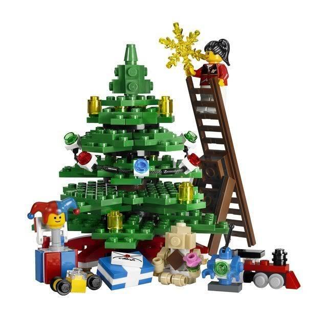 (10199) Winter Toy Shop 1_0673419121828_3