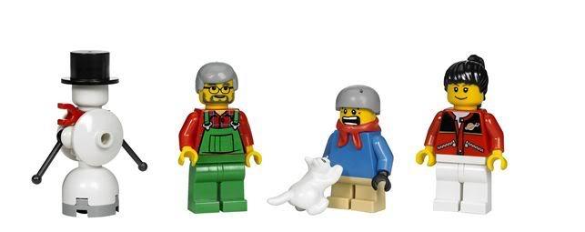 (10199) Winter Toy Shop 1_0673419121828_6