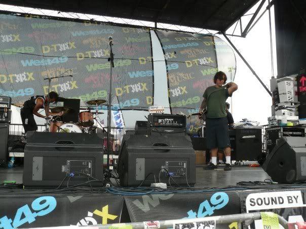 Concert pics Allleftout