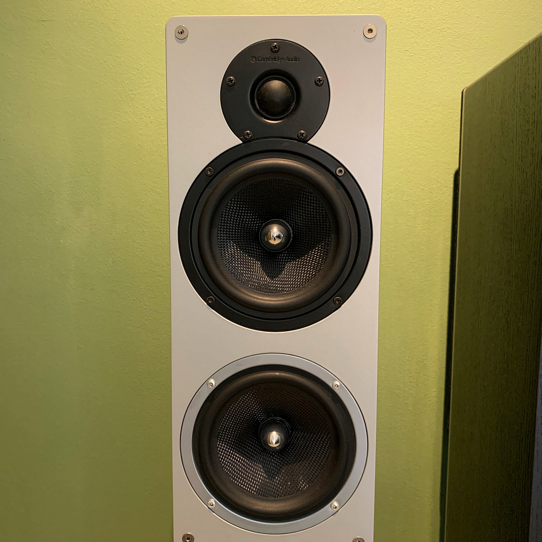 Cambridge Audio S70 Floor-standing speaker (black) SOLD IMG_9721