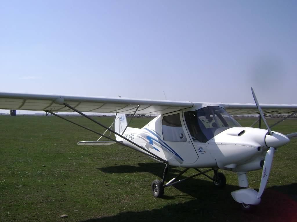 Avioane de agrement - Pagina 2 DSC03206