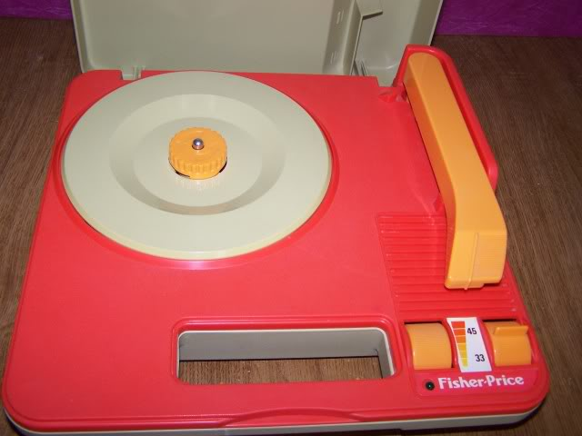 "Platine vynil portable ""pick up"" 45/33T Fisher price 1982 100_1674"
