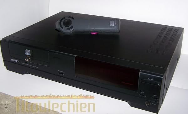 2 modèles de Lecteur CDI philips 103_9710