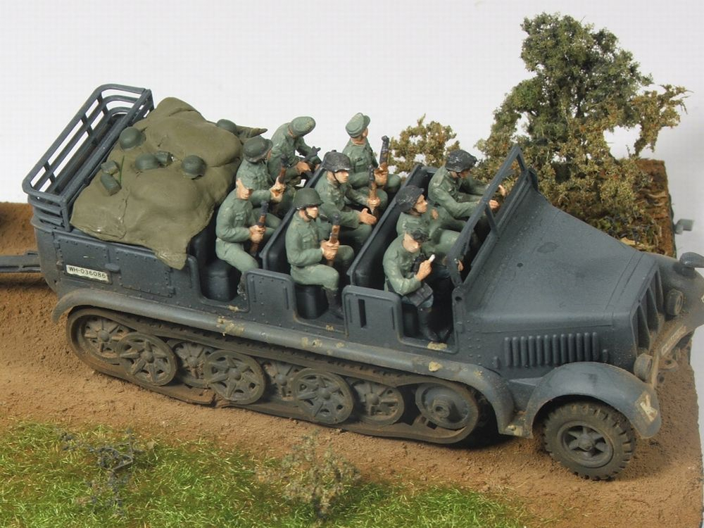Mels build . A big gun and big half track 88mmgunandhalftrack2