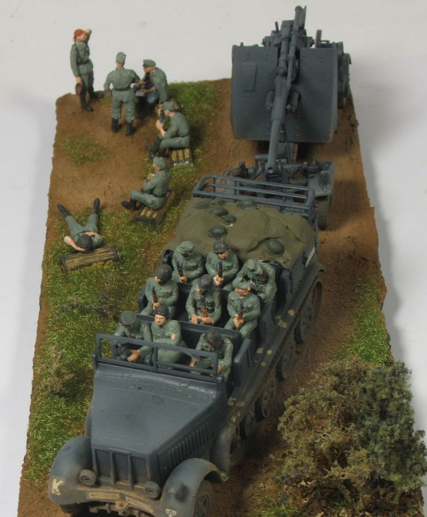 Mels build . A big gun and big half track 88mmgunandhalftrack4