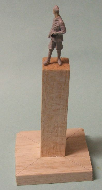 Painting pedestals for figures Figurebases7