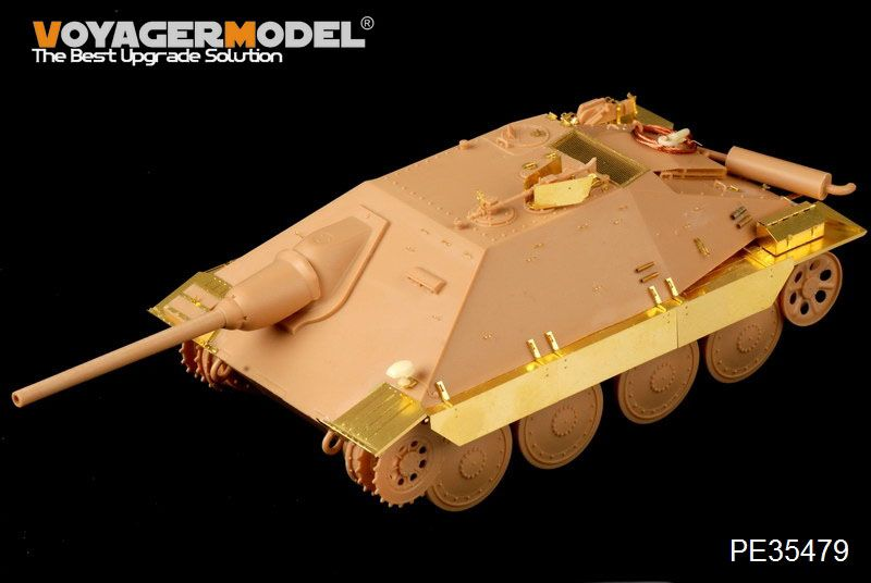 New from Voyager Models PE35479_01