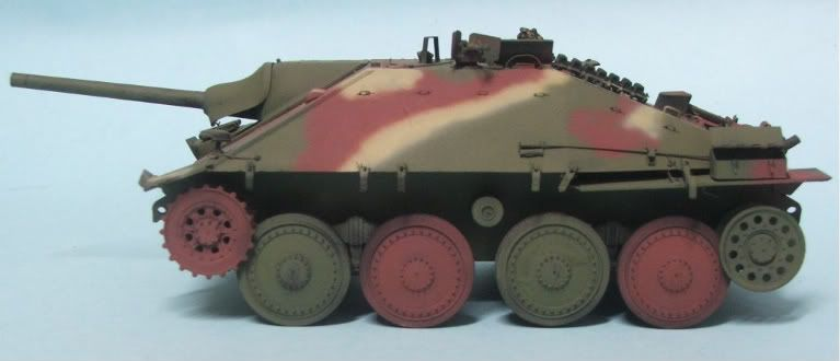 Richies Build : Tamiya 1/35 Hetzer FINISHED 3rd October - Page 2 Hetzerpainted1