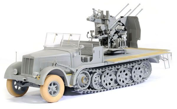 Some Pictures of Dragons new Sd.kfz 7/1 kit _DSC2246