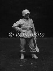 New figure sets from Allarmi Al35042