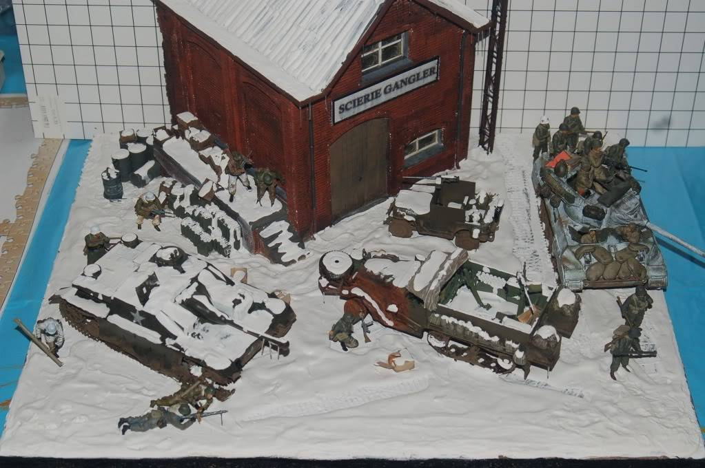 diorama sur la bataille des ardennes terminé DSC_0015