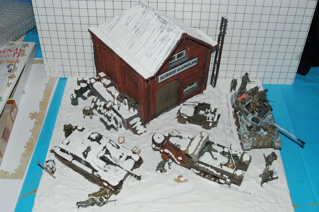 diorama sur la bataille des ardennes terminé DSC_0017