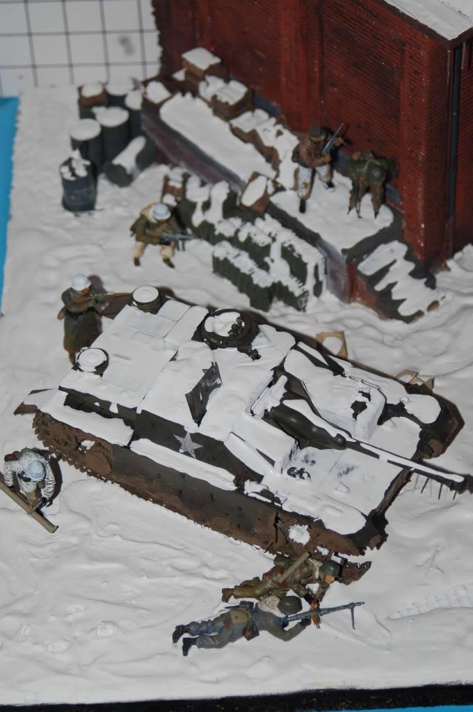diorama sur la bataille des ardennes terminé DSC_0018