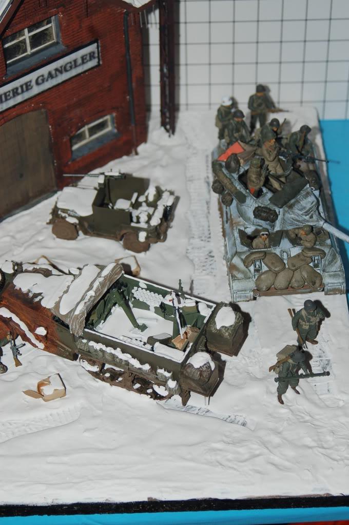 diorama sur la bataille des ardennes terminé DSC_0019