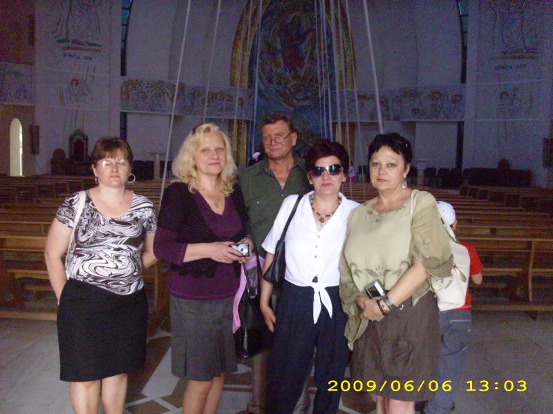 05 iunie 2009-Lansarea celui de al treilea volum din ciclul anotimpurilor-Universul Prieteniei-Vara 4catedralacatolica