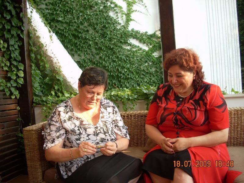 """18 iulie 2009-Volumul de versuri """"Saruta-mi lacrima""""a doamnei Atena Mariana Zara prezentat iesenilor AtenasiDaniela"""