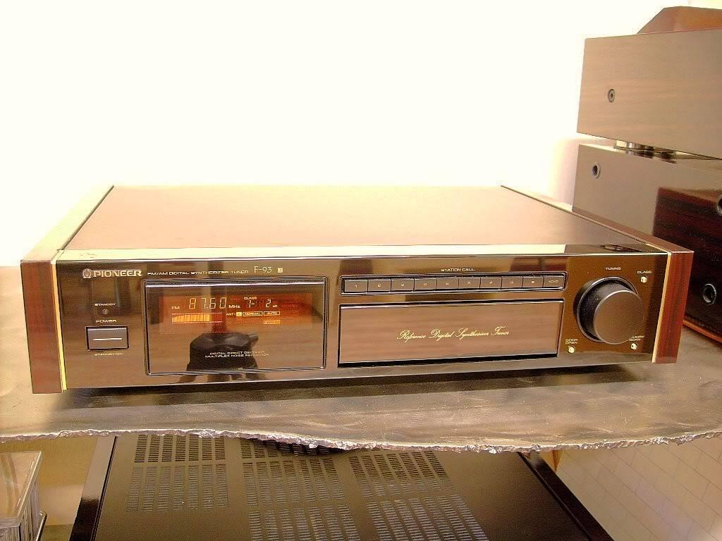 Un Sintonizzatore FM nel 2014 - Pagina 9 F-931