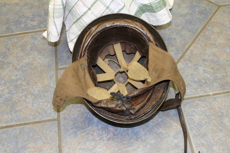 Canadian MkIII helmets, British Dispatch rider's helmet, MkI AB 805 helmet 033