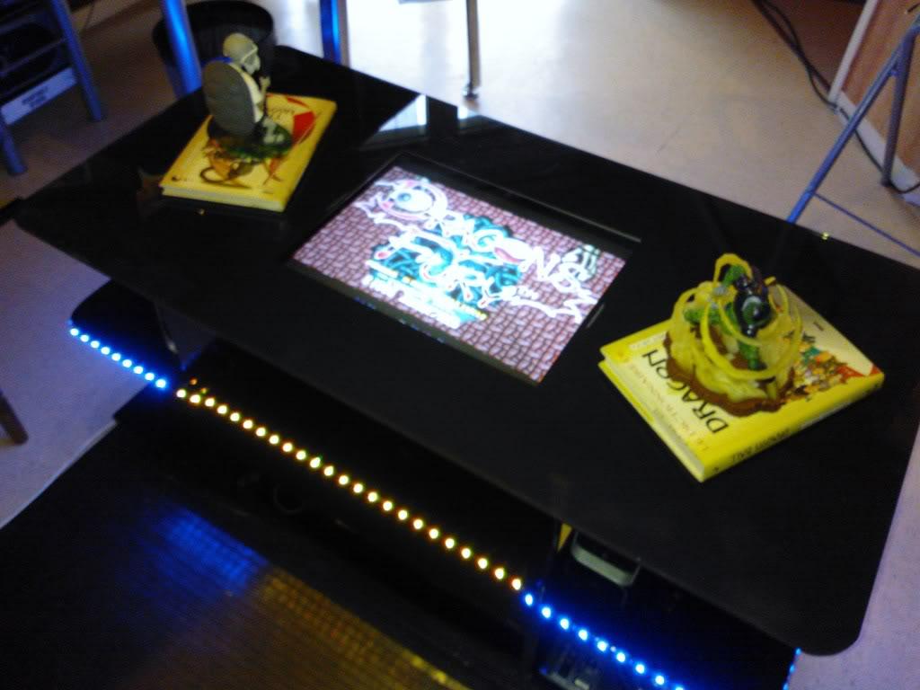 "Table basse type ""cocktail"" (MEGA-DRIVE). WP_000246"