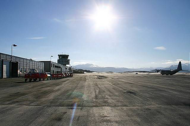FS9 - Narvik, aproximação e pouso... Narvikaeroporto
