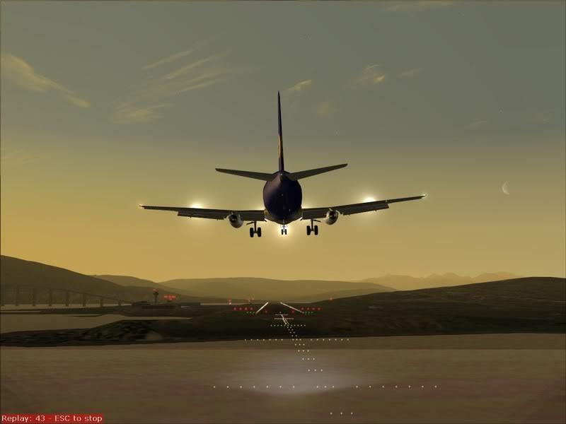 FS9 - Final em Tromso.... que Sol,um belo aeroporto ... Foto-2008-jul-30-031