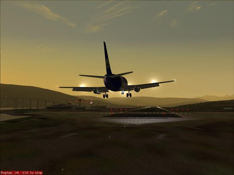 FS9 - Final em Tromso.... que Sol,um belo aeroporto ... Foto-2008-jul-30-036
