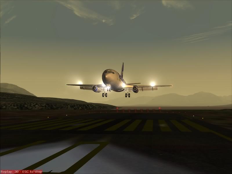 FS9 - Final em Tromso.... que Sol,um belo aeroporto ... Foto-2008-jul-30-039