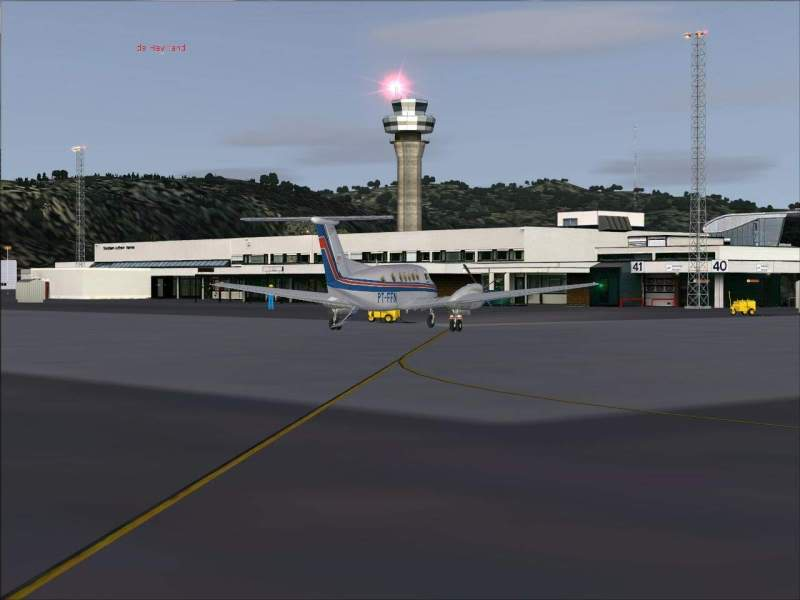 Aproximação Trondheim...um lindo Aeroporto Foto-2008-may-23-044-1