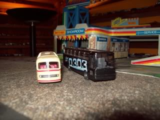 Mercedes 0-303 y 0-321 Wiking y Brekina 000_0019-1