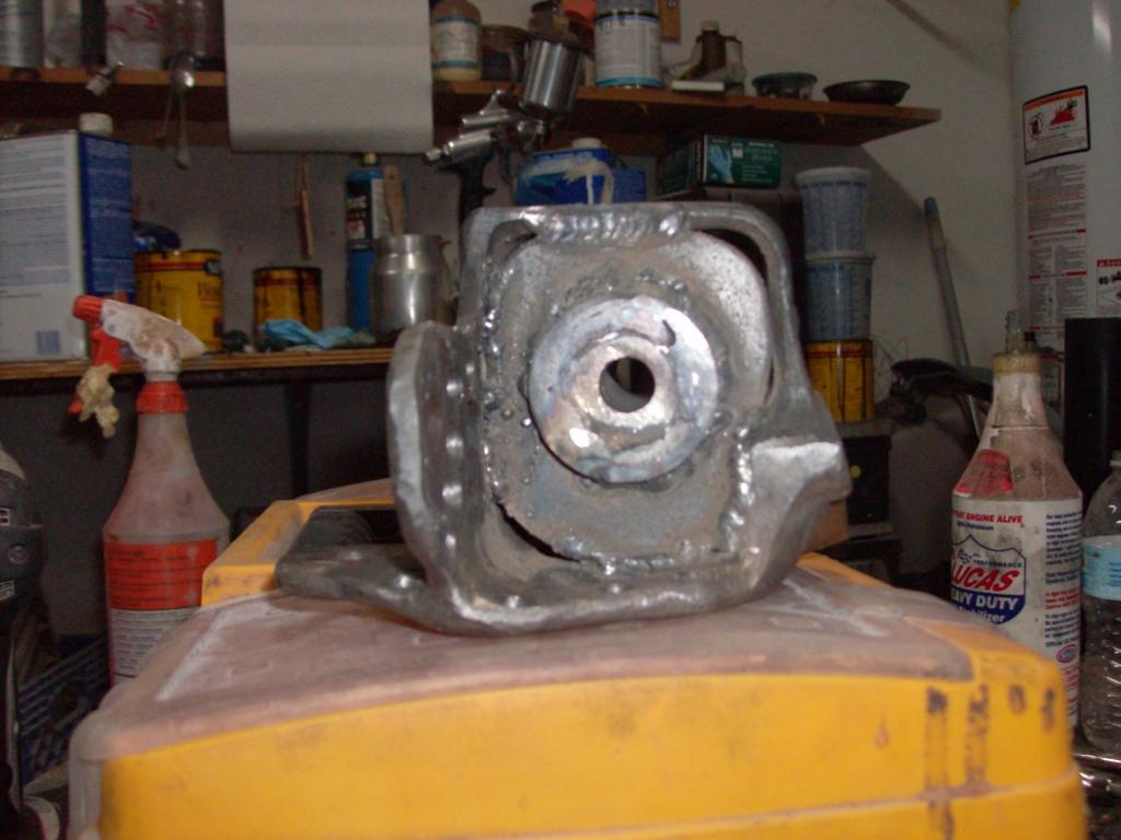 rear motor mount mod HPIM1437