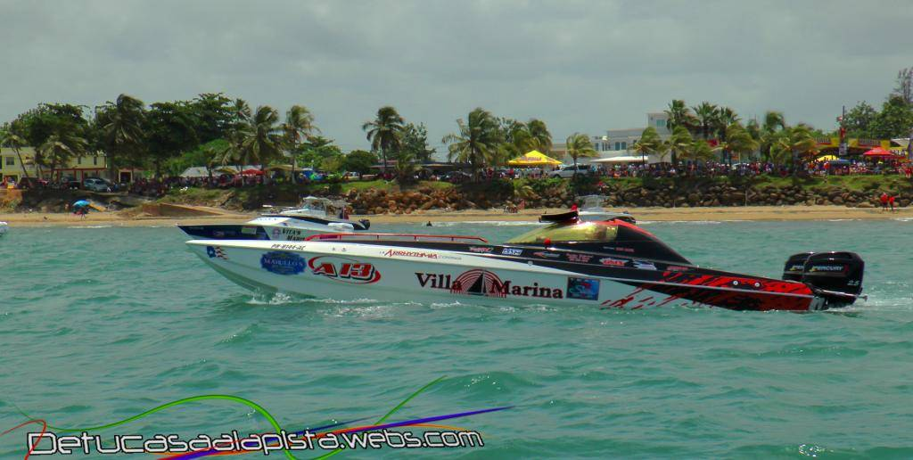 Fotos del Aguada Offshore Grand Prix 11040159_zps5643ebe9
