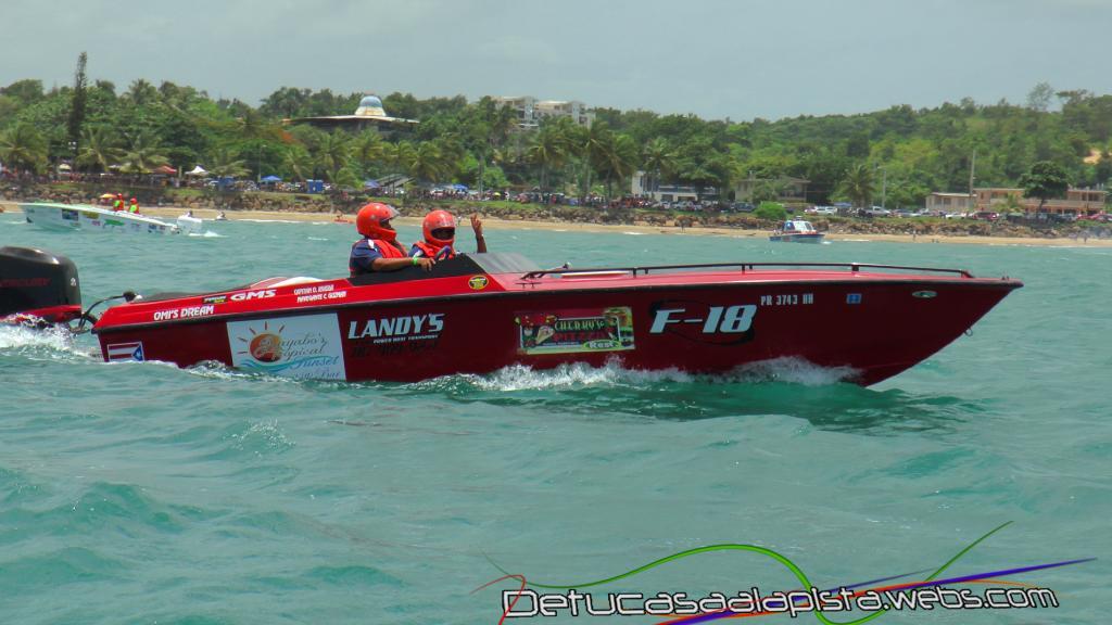 Fotos del Aguada Offshore Grand Prix 11040197_zpscdc96374