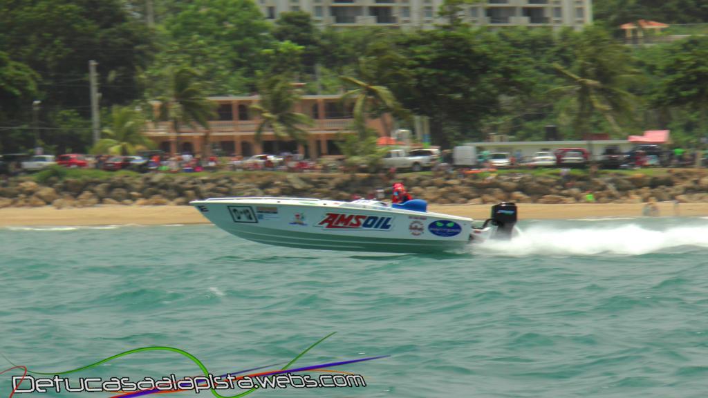 Fotos del Aguada Offshore Grand Prix 11040230_zps341fa77c