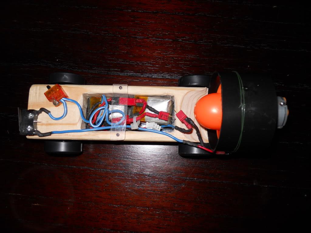 Ducted Fan Pinewood Derby Car! (Fast 1.4 second run!) DSCN0151