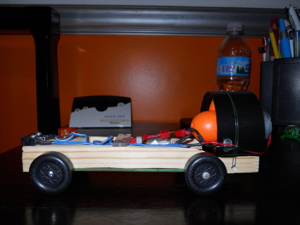 Ducted Fan Pinewood Derby Car! (Fast 1.4 second run!) DSCN0152