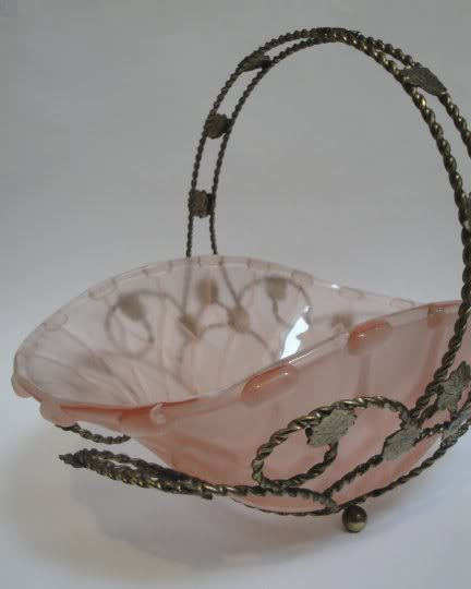 Can anyone help to identify/date this glass bowl in metal basket  Glassbasket7