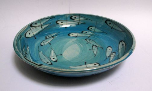 Does anyone recognise the make of this studio pottery bowl Studio%20fish%201%20small_zpszsvc92e2
