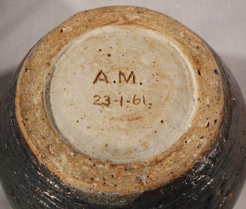 Can anyone id this 1960's Studio Pottery Am_5_zpslng5qlxb