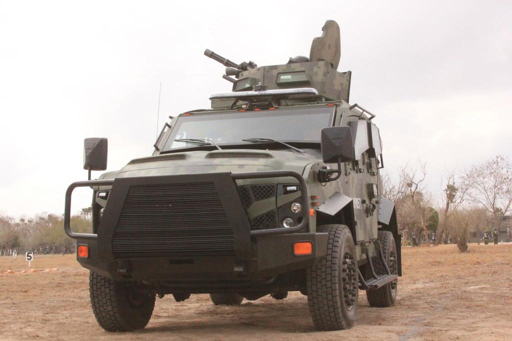 Vehículo Sandcat Oshkosh Defense del Ejercito Mexicano - Página 14 M134sandcat