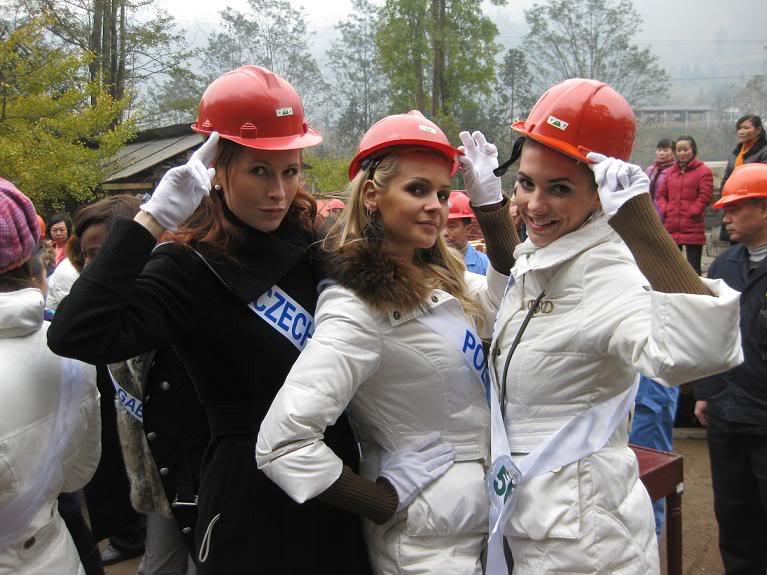 Sona Skoncova - Miss Slovak Republic International 2009 (Official Thread) - Page 4 111-15a866b