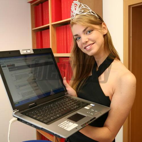 EDITA KRESAKOVA - Miss Slovakia World 2008 Edita-Kresakova-missforza08-Miss-2