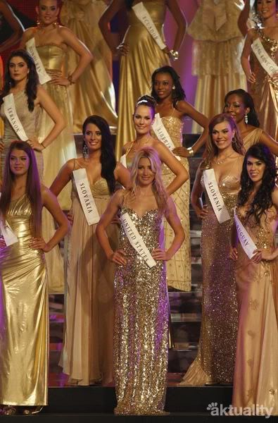 Official thread of Barbora Franekova - Miss Slovakia World 2009 - Page 5 Miss_world_09_1_2