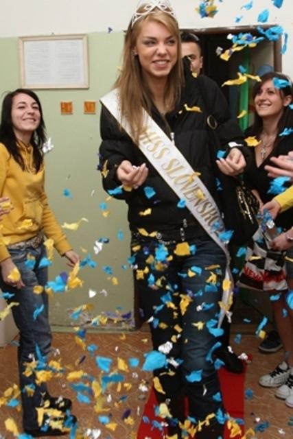 EDITA KRESAKOVA - Miss Slovakia World 2008 O_kresakova10
