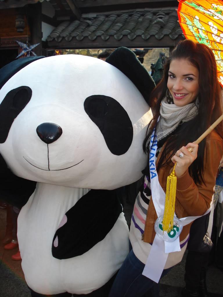 Sona Skoncova - Miss Slovak Republic International 2009 (Official Thread) - Page 4 Panda
