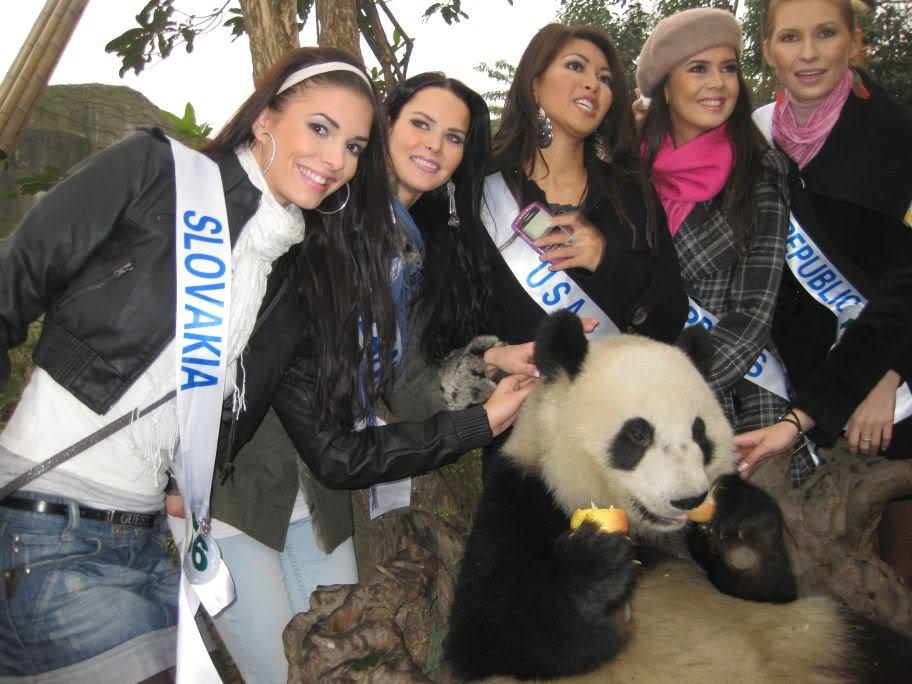 Sona Skoncova - Miss Slovak Republic International 2009 (Official Thread) - Page 4 Pandaok