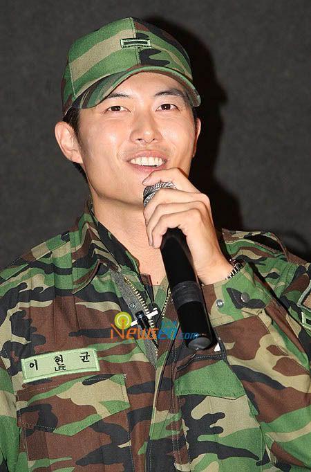 shuffled korean actors/ actresses pics!! Jaehee_army5